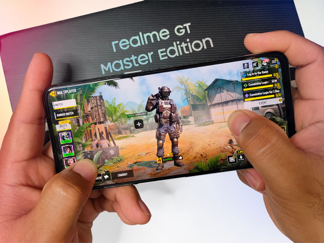 Let's play Call of Duty Mobile on the realme GT Master Edition!
