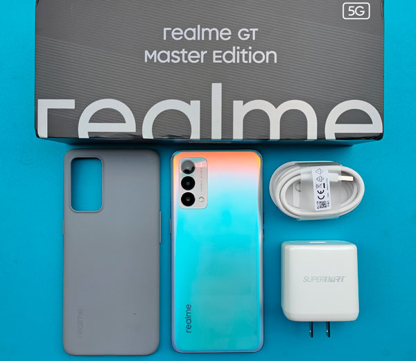 Unboxing the realme GT Master Edition.