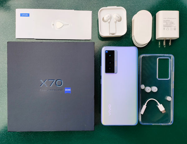 vivo X70 Evaluation: Subsequent Stage Content material Creation Powered by ZEISS!